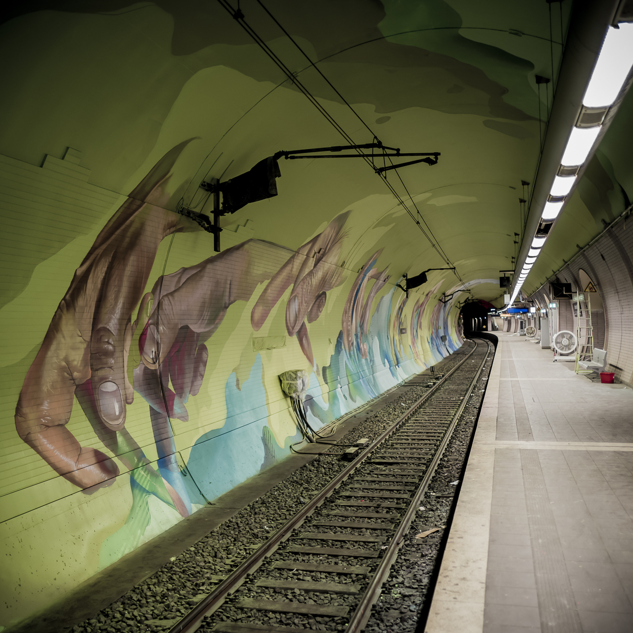 A work by Does - Ostendstrasse frankfurt germany tunnel rudi 4