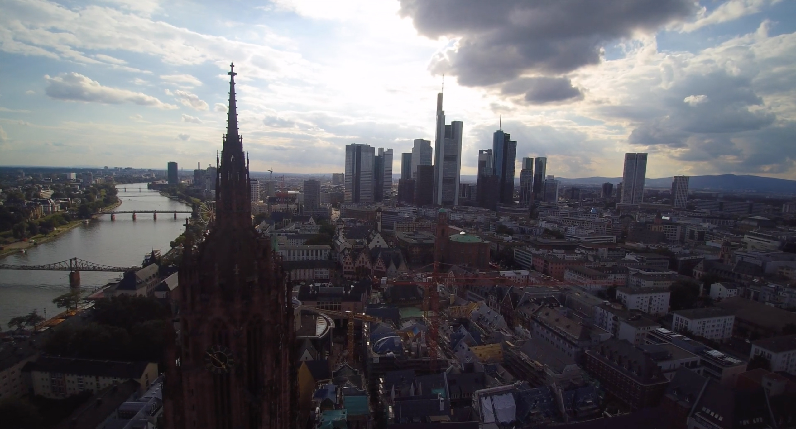 A work by Does - Ostendstrasse screenshot video frankfurt germany 1