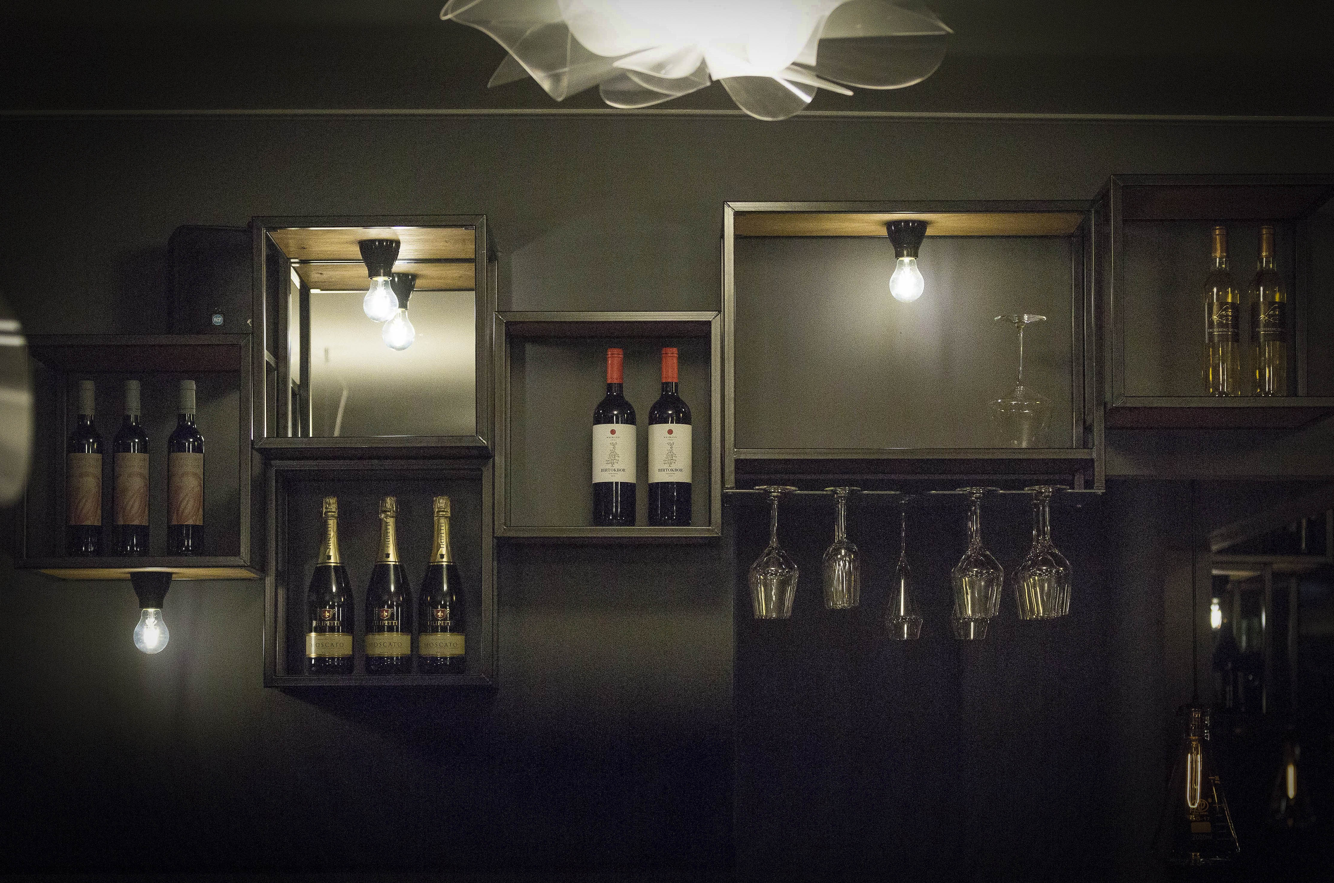 A work by Does - 2 Digital Does Zinc Restaurant_Blickfänger01-smaller
